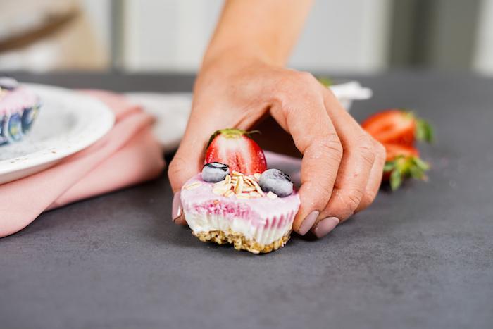 magdalena con avena y skyr ideas de recetas de postres saludables como hacer helado casero arandanos fresas