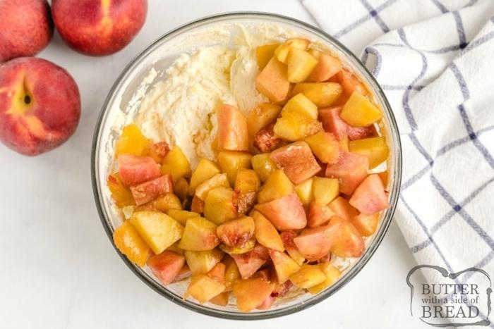 ensaladas con frutas con mascarpone, ensaladas con melocotones, originales ideas de ensaladas dulces y ricas