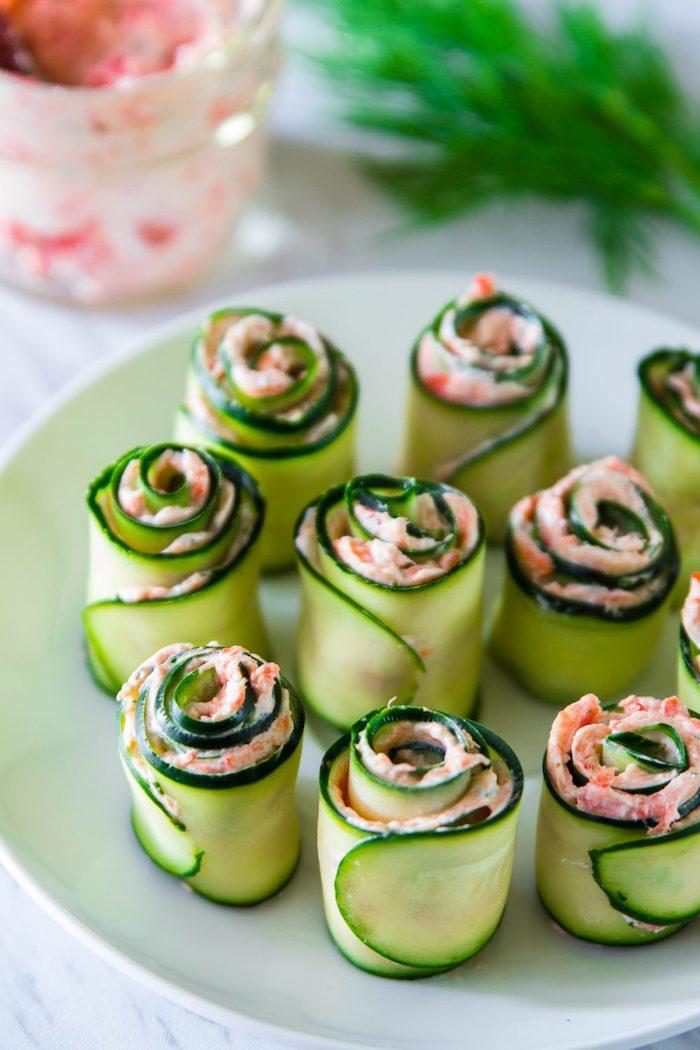 rollitos de pepinos con salsa de mariscos recetas de aperitivos y entrantes ideas de recetas de aperitivos