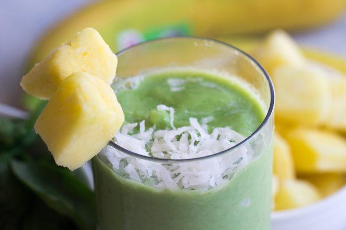 batido saludable y rico, ideas de recetas caseras ricas y faciles, ideas de recetas caseras originales y ricas de desayunos smoothie