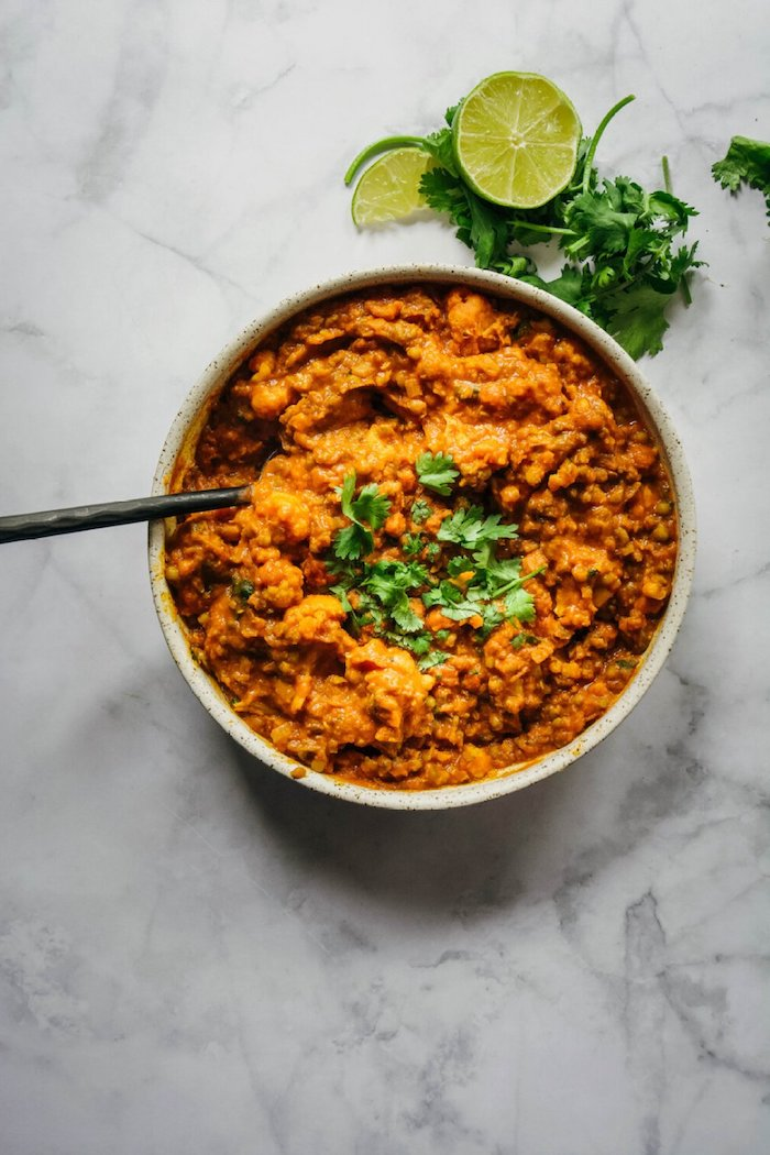 apetitosas ideas de platos veganos al curry arroz al curry con verduras ideas de recetas caseras