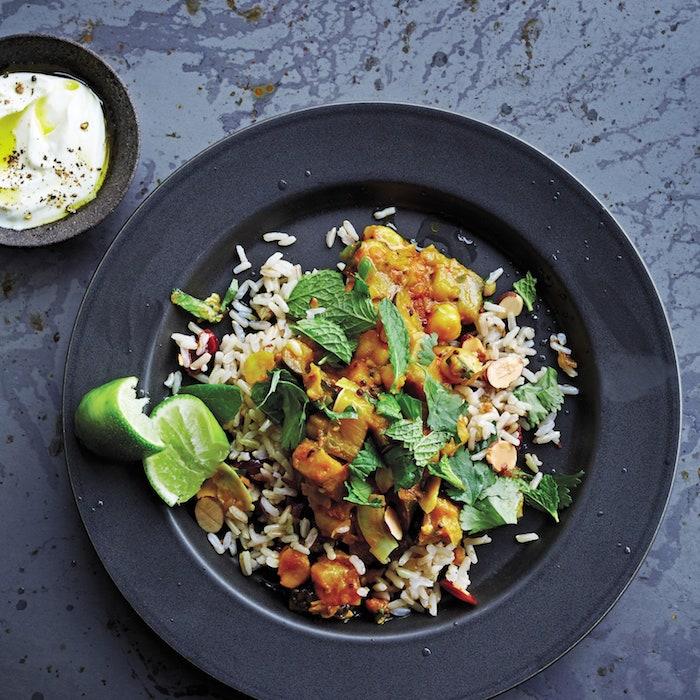 arroz con verduras garbanzos platos ligeros y super ricos al curry pollo al curry receta ideas de recetas