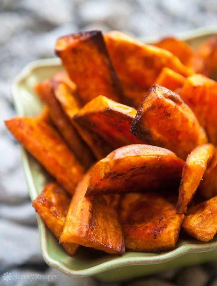 batatas al horno recetas ricas y faciles de hacer como hacer boniato al horno foto de comidas