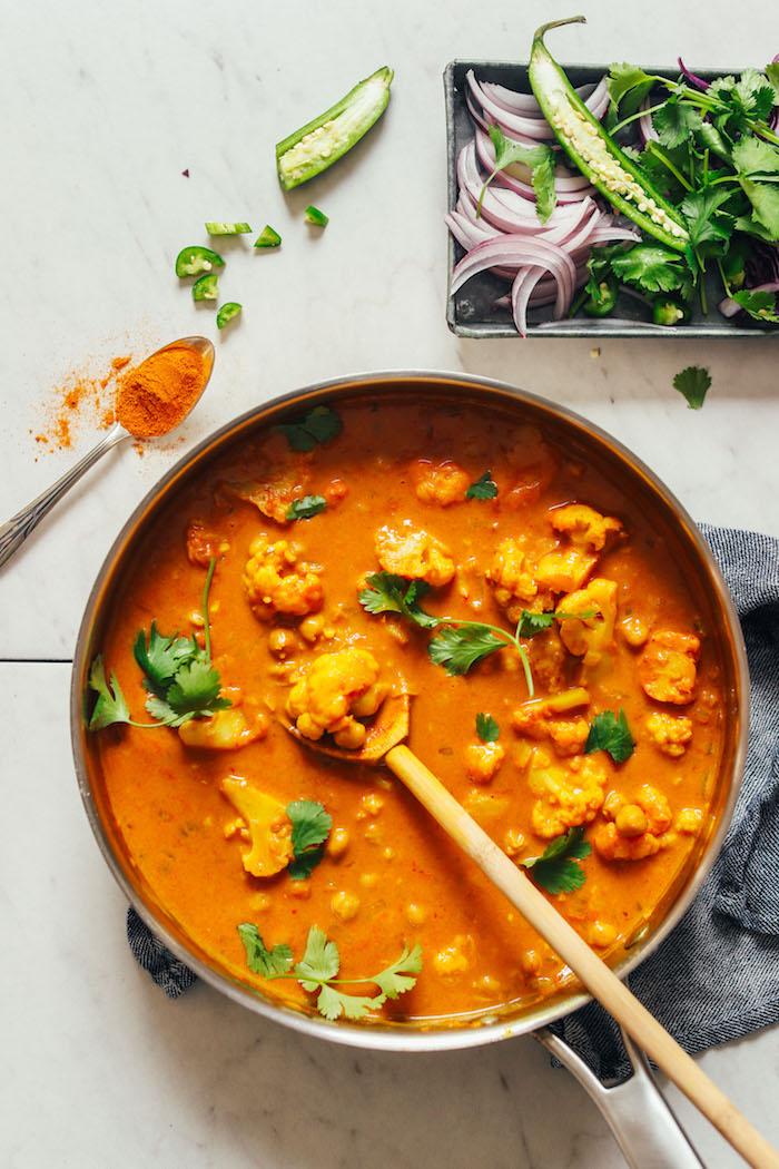 curry con coliflor garbanzos las mejores recetas de cocidos con curry arroz al curry con verduras fotos de cocidos ricos