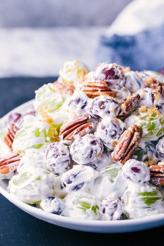 ensalada cremosa con uvas y nueces pecanas ideas de recetas de postres sin horno ligeros postres de verano
