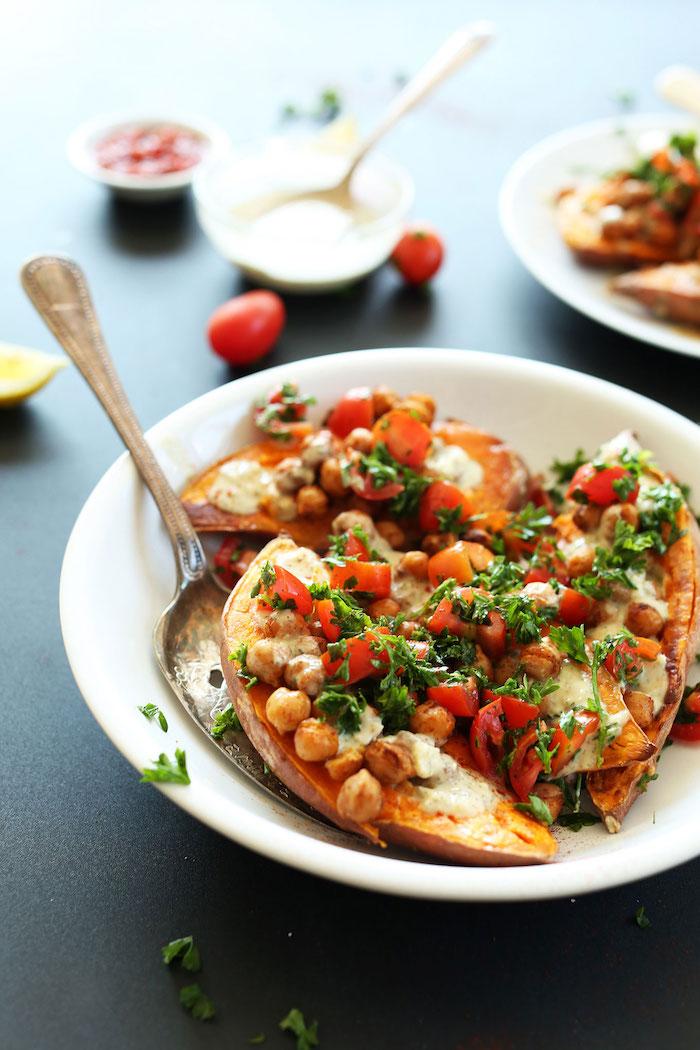 garbanzos perejil tomates salsa recetas con baniato ideas de recetas saludables cenas ligeras