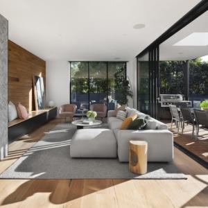 Casas con grandes ventanales de cristal, así serán las viviendas del futuro