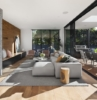 diseño casa piso de madera maciza enormes ventanales